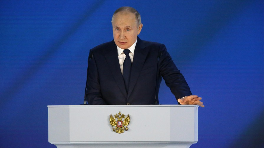 Putin warns of 'asymmetrical, rapid and harsh' response if west crosses 'red line'